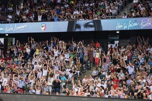 Crowd at a tennis match
