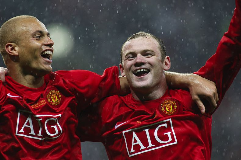Wes Brown & Wayne Rooney of Manchester United
